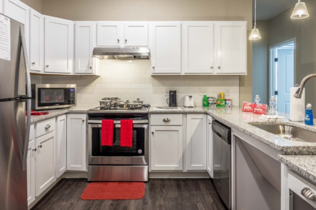 Advantages of Private Housing Solutions and Amenities